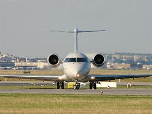 CRJ 200